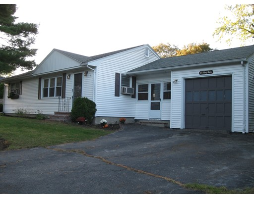 Single Family Home for Sale at 14 May Avenue Raynham, 02767 United States