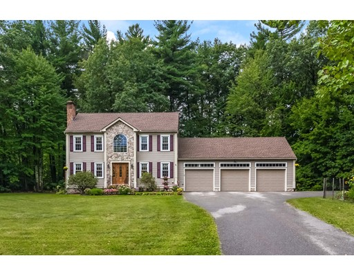 Casa Unifamiliar por un Venta en 42 Laurel Woods Drive 42 Laurel Woods Drive Townsend, Massachusetts 01474 Estados Unidos