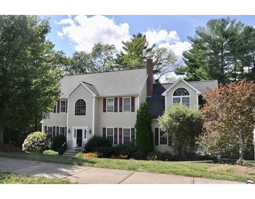 Additional photo for property listing at 38 Meadowbrook 38 Meadowbrook Franklin, Massachusetts 02038 États-Unis
