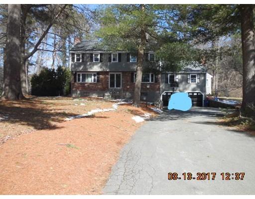 独户住宅 为 销售 在 5 Heritage Lane 林菲尔德, 01940 美国