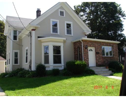 واحد منزل الأسرة للـ Sale في 15 GREEN STREET 15 GREEN STREET Stoneham, Massachusetts 02180 United States
