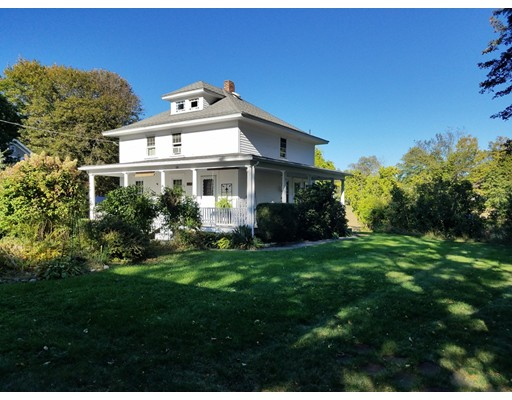 Частный односемейный дом для того Продажа на 58 Alice Avenue 58 Alice Avenue Burrillville, Род-Айленд 02858 Соединенные Штаты