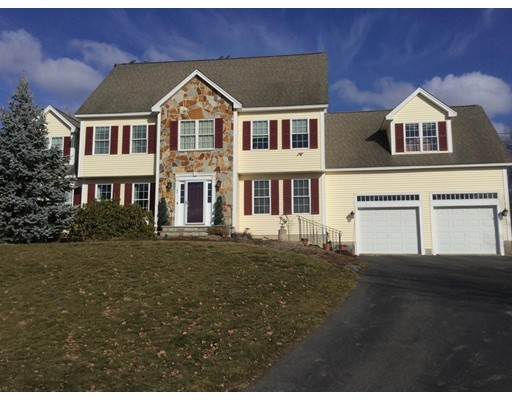 Single Family Home for Sale at 3 Madigan Lane 3 Madigan Lane Ayer, Massachusetts 01432 United States