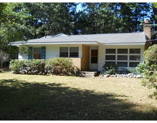 独户住宅 为 出租 在 116 Lincoln Road 116 Lincoln Road 韦兰, 马萨诸塞州 01778 美国