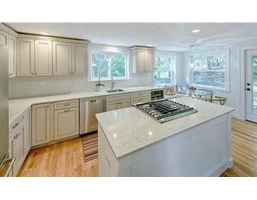 Casa Unifamiliar por un Alquiler en 7 Valley Road 7 Valley Road Winchester, Massachusetts 01890 Estados Unidos
