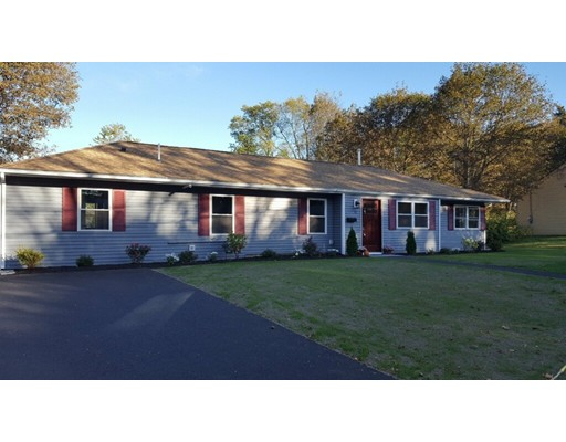 Single Family Home for Sale at 15 Wethersfield Road 15 Wethersfield Road Natick, Massachusetts 01760 United States