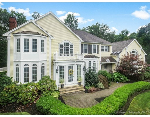 Casa Unifamiliar por un Venta en 38 Winding Oaks Way 38 Winding Oaks Way Boxford, Massachusetts 01921 Estados Unidos