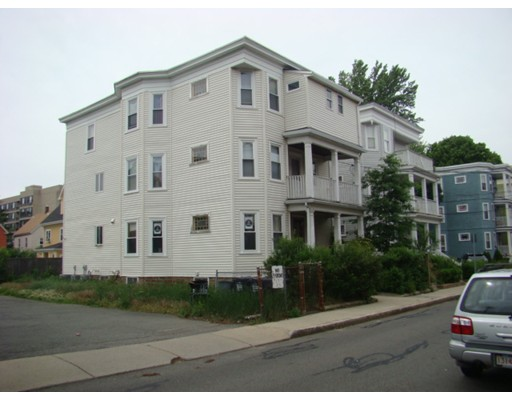 公寓 为 出租 在 17 Washburn Avenue #2 17 Washburn Avenue #2 坎布里奇, 马萨诸塞州 02140 美国