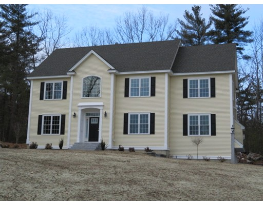 Single Family Home for Sale at 39 Winding Way 39 Winding Way Groton, Massachusetts 01450 United States