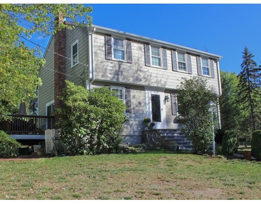 独户住宅 为 销售 在 56 Wethersfield Road 56 Wethersfield Road Bellingham, 马萨诸塞州 02019 美国
