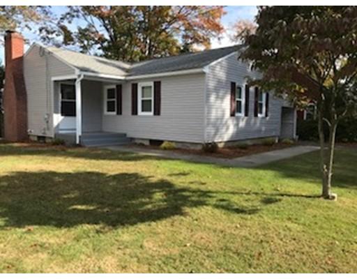 Maison unifamiliale pour l Vente à 11 Crescent Hill 11 Crescent Hill East Longmeadow, Massachusetts 01028 États-Unis