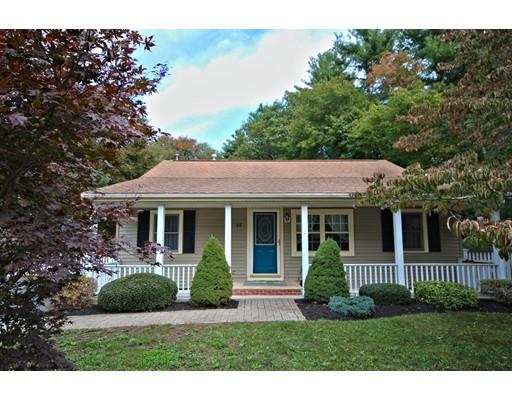 独户住宅 为 销售 在 40 Reeds Lane 40 Reeds Lane Holbrook, 马萨诸塞州 02343 美国