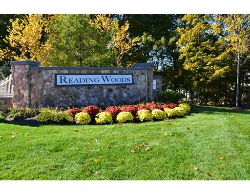 Частный односемейный дом для того Аренда на 36 Augustus Court 36 Augustus Court Reading, Массачусетс 01867 Соединенные Штаты