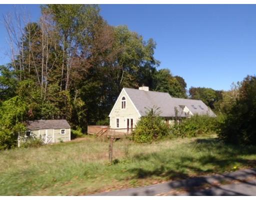 واحد منزل الأسرة للـ Sale في 13 W Parsons Drive 13 W Parsons Drive Conway, Massachusetts 01341 United States
