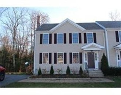 Townhouse for Rent at 45 Colt Circle #B 45 Colt Circle #B Taunton, Massachusetts 02780 United States