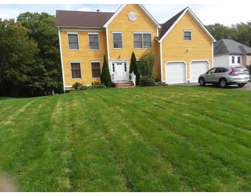 Single Family Home for Sale at 279 William Kelley Road 279 William Kelley Road Stoughton, Massachusetts 02072 United States