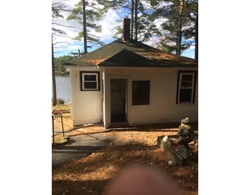 Casa Unifamiliar por un Alquiler en 5 Holmes Road 5 Holmes Road Orange, Massachusetts 01364 Estados Unidos