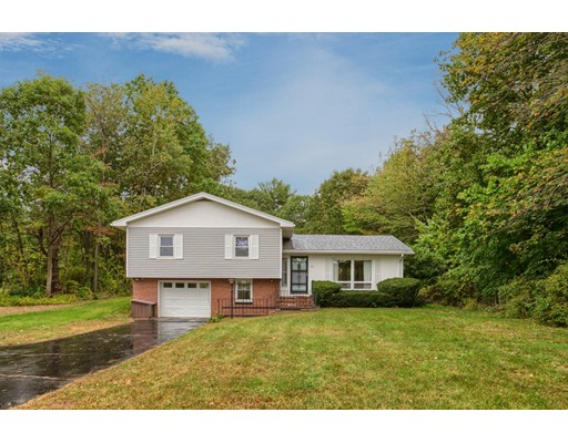 独户住宅 为 销售 在 86 Elmwood Road 温琴登, 01475 美国