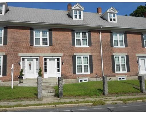 Appartement en copropriété pour l Vente à 28 Mendon Street 28 Mendon Street Blackstone, Massachusetts 01504 États-Unis