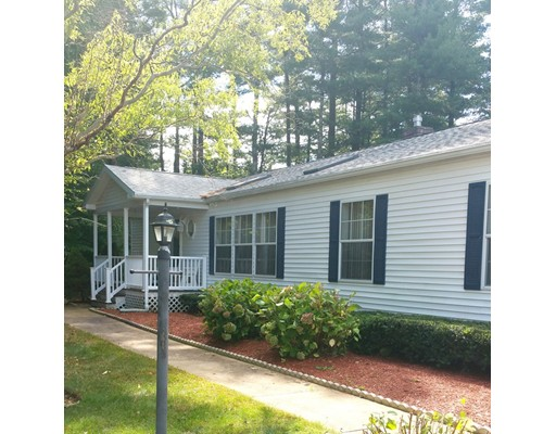 独户住宅 为 销售 在 212 Pheasant Lane Middleboro, 02346 美国