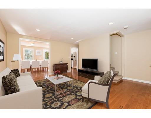 Casa Unifamiliar por un Venta en 66 Oliver 66 Oliver Avon, Massachusetts 02322 Estados Unidos