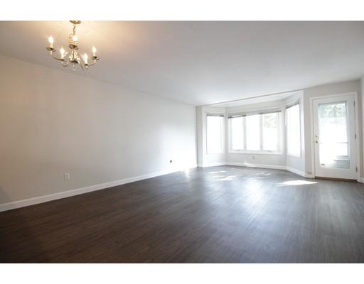 Maison accolée pour l à louer à 3 Raymond St #E 3 Raymond St #E Boston, Massachusetts 02134 États-Unis