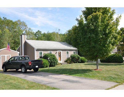 Single Family Home for Sale at 37 Rocco Drive 37 Rocco Drive Blackstone, Massachusetts 01504 United States