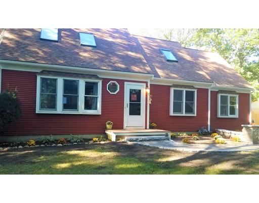 Casa para uma família para Venda às 29 Captain Lumbert Lane 29 Captain Lumbert Lane Barnstable, Massachusetts 02632 Estados Unidos