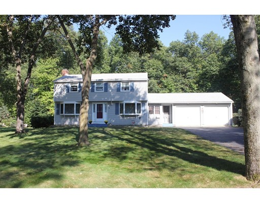 Single Family Home for Sale at 4 Hampton Road 4 Hampton Road Enfield, Connecticut 06082 United States