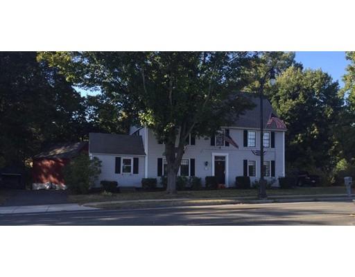 独户住宅 为 销售 在 457 College Hwy Southwick, 01077 美国
