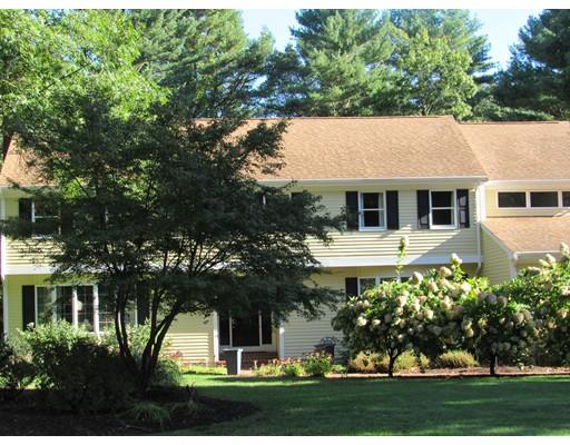 Maison unifamiliale pour l Vente à 50 Brentwood Drive 50 Brentwood Drive Easton, Massachusetts 02356 États-Unis
