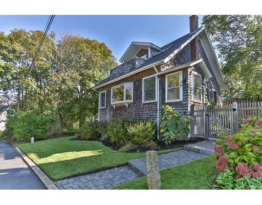 独户住宅 为 销售 在 11 Melrose Avenue 法尔茅斯, 马萨诸塞州 02540 美国