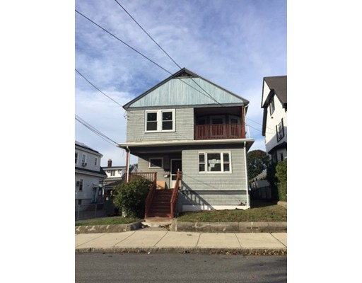 Single Family Home for Rent at 26 County Road 26 County Road Everett, Massachusetts 02149 United States