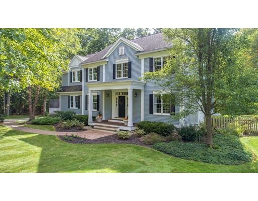 Casa Unifamiliar por un Venta en 41 Maple Avenue 41 Maple Avenue Boxford, Massachusetts 01921 Estados Unidos