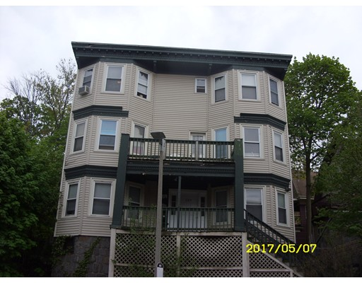 Casa Multifamiliar por un Venta en 137 GENEVA Boston, Massachusetts 02121 Estados Unidos