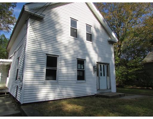 واحد منزل الأسرة للـ Sale في 60 Brookfield Road 60 Brookfield Road Charlton, Massachusetts 01507 United States
