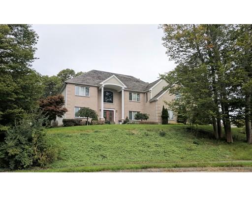 Maison unifamiliale pour l Vente à 9 Marsha Drive 9 Marsha Drive Brockton, Massachusetts 02301 États-Unis