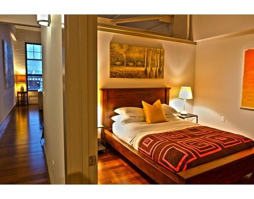 Apartment for Rent at 164 Race St. #303 164 Race St. #303 Holyoke, Massachusetts 01040 United States