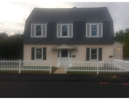 Single Family Home for Rent at 33 Commonwealth Avenue 33 Commonwealth Avenue Dedham, Massachusetts 02026 United States