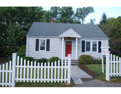 Single Family Home for Rent at 33 Dutton Street 33 Dutton Street Worcester, Massachusetts 01610 United States