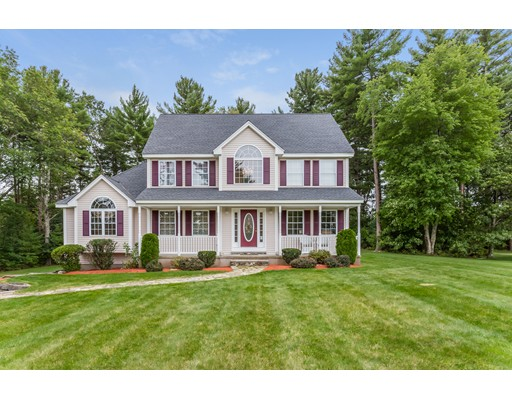 Single Family Home for Sale at 5 Abbey Road Salem, 03079 United States