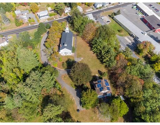 Частный односемейный дом для того Продажа на 10 Depot Street 10 Depot Street Belchertown, Массачусетс 01007 Соединенные Штаты