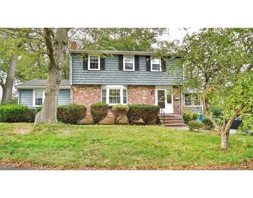 独户住宅 为 销售 在 4 Robert Arey Drive 4 Robert Arey Drive 伦道夫, 马萨诸塞州 02368 美国