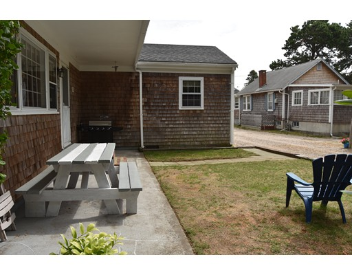 Additional photo for property listing at 33 Union Wharf Road  Dennis, Massachusetts 02639 United States