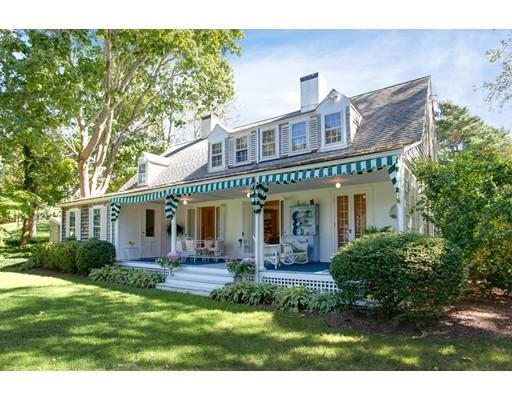 واحد منزل الأسرة للـ Sale في 18 Woodriff Lane 18 Woodriff Lane Falmouth, Massachusetts 02543 United States