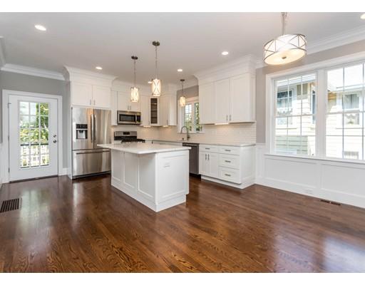 联栋屋 为 出租 在 33 Eddy Streeet #1 33 Eddy Streeet #1 沃尔瑟姆, 马萨诸塞州 02453 美国