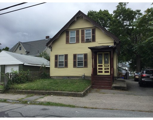 Casa Unifamiliar por un Venta en 27 Barnum Street 27 Barnum Street Taunton, Massachusetts 02780 Estados Unidos