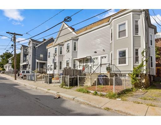 Casa Multifamiliar por un Venta en 1 Higgins Street 1 Higgins Street Boston, Massachusetts 02134 Estados Unidos