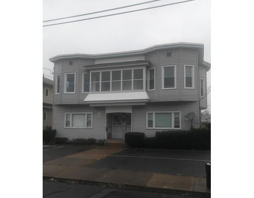 Casa Unifamiliar por un Alquiler en 243 Winsor 243 Winsor Ludlow, Massachusetts 01056 Estados Unidos