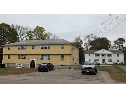 Casa Multifamiliar por un Venta en 36 Spring Street & 4 School Street 36 Spring Street & 4 School Street Plainville, Massachusetts 02762 Estados Unidos
